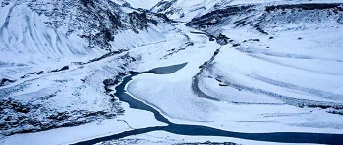 Top 5 Frozen Lakes In India_gossipkigalliyan