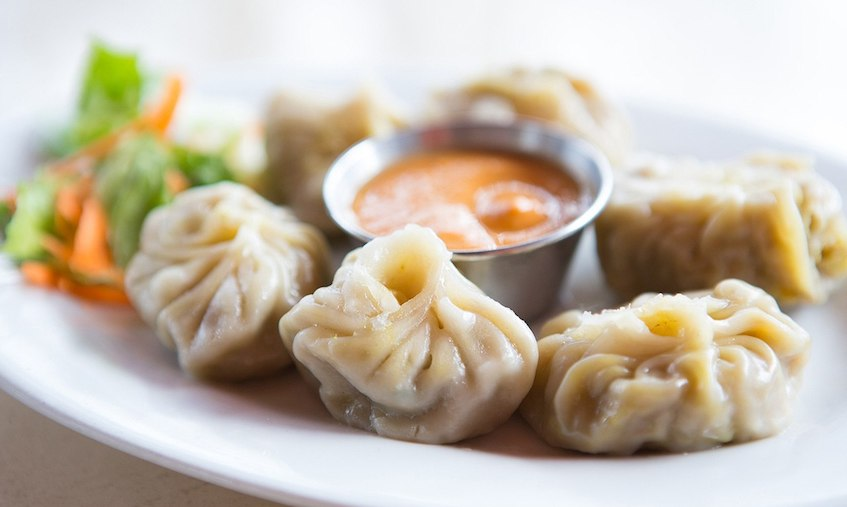 amazing places for Momo and chutney in Delhi NCR